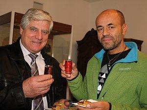 Výstavu nazvanou Vůně medu otevřel Radek Jaroš