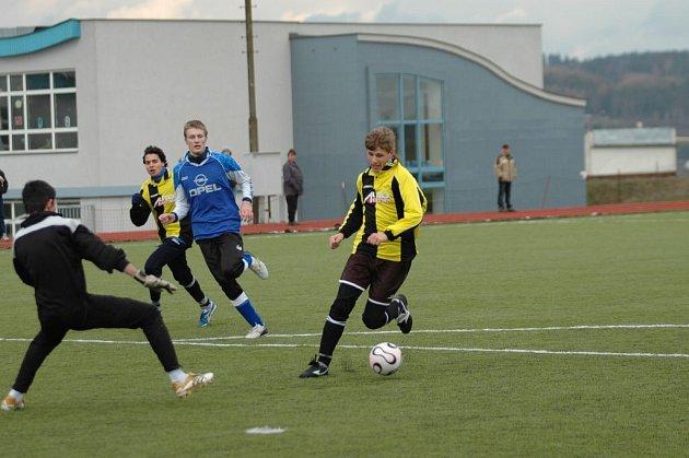 Fotbalisté Bohdalova dostali v domácím prostředí čtyři góly.