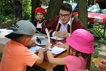 Den dětí v Rokytně pravidelně organizují dobrovolní hasiči.