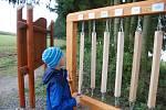 Zprovoznění druhé části naučné stezky kolem rybníka provázel program pro veřejnost.