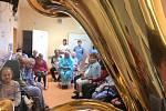 Malý adventní koncert se uskutečnil v oddělení dlouhodobě nemocných.
