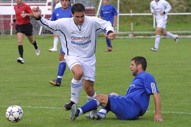 Bystřice se bude muset v derby s Novou Vsí obejít bez svého stopera a zástupce kapitána Petra Sysla (ve skluzu).