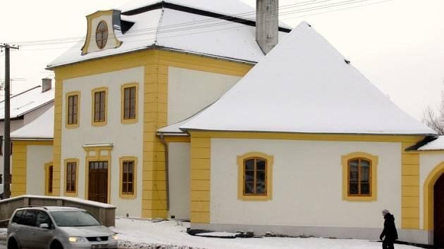 Panský hostinec v Ostrově nad Oslavou prochází postupnou rekonstrukcí.