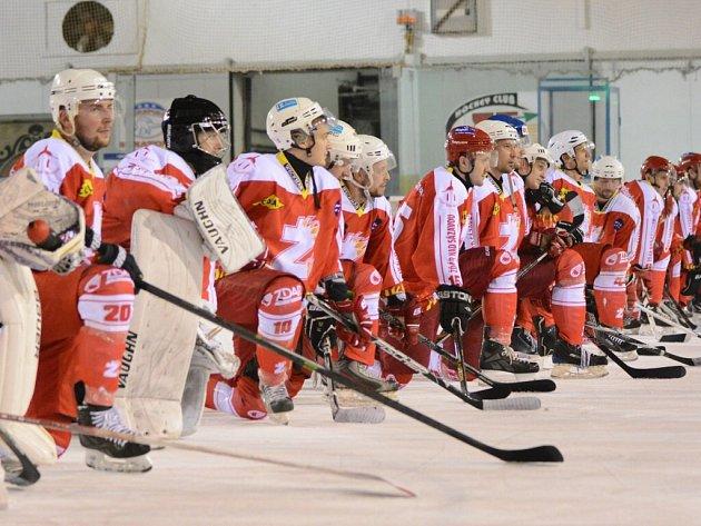 Plameny se v osmifinále střetnou s Řisuty, s nimiž v letošní sezoně dvakrát zvítězily. Další dvě výhry by stačily k postupu do dalšího kola.