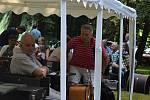 Diváci i účinkující se na setkání harmonikářů a heligonkářů dokonale bavili.