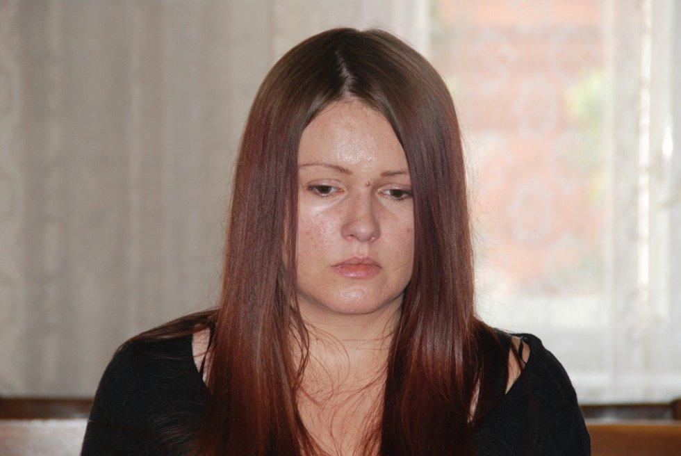 Barbora Orlová u Krajského soudu v Brně 1. června 2015.