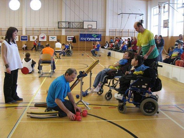 Od pátku do neděle se hrála v hale 3. ZŠ ve Velkém Meziříčí boccia.