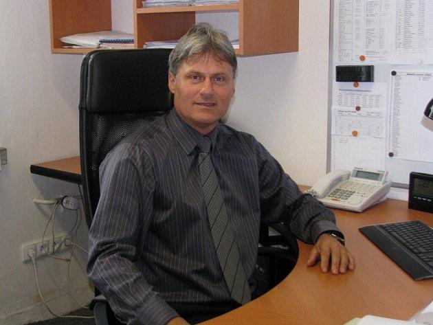 Ředitel průmyslovky Jaroslav Kletečka čeká, co přesně krajští zastupitelé nakonec schválí.