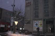 Požár bývalého hotelu Bílý lev na náměstí Republiky ve Žďáře nad Sázavou.