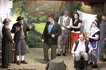 Poprvé hráli amatérští herci z Křídel v roce 1910. Tradice byla na čas přerušena válkou.