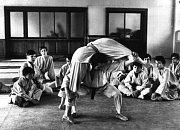 Z historie bývalého strojírenského učiliště (dnes pracoviště Strojírenská žďárské VOŠ a SPŠ) - mezi nejoblíbenější sporty místních žáků vždy patřilo judo.