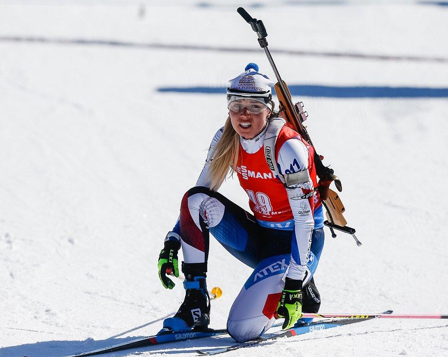 Eva Puskarčiková po stíhacím závodu žen na 10 km.