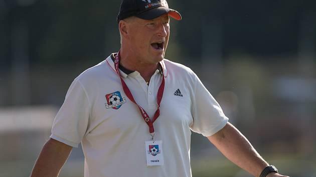 Po devíti sezonách skončil na lavičce fotbalistů Velkého Meziříčí trenér Libor Smejkal.
