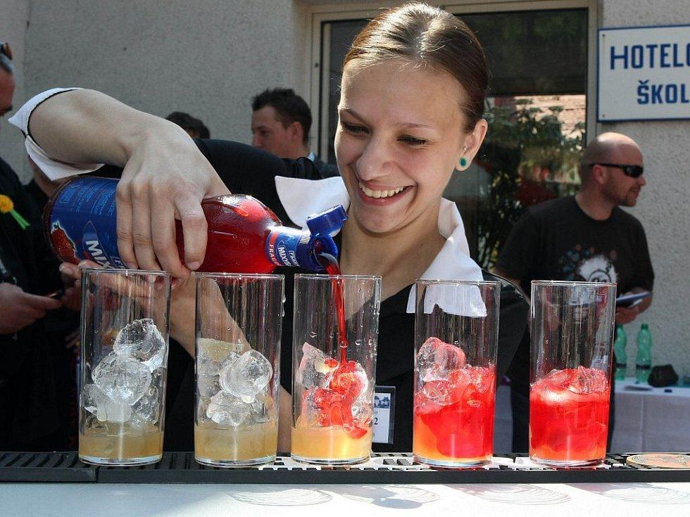 Návštěvníci velkomeziříčského Gastrodne tak mohli vidět například juniorskou barmanskou soutěž nebo oblíbený číšnický trojboj.