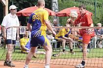 Žďárští nohejbalisté podlehli lídrovi soutěže vysoko 1:6, přesto o bod zvýšili náskok na třetí Bedřichov. Jeho zápas byl zkontumován.