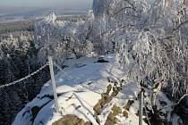 Vrchol Vyhlídky nabízí za dobré viditelnosti skvělý panoramatický výhled do okolí.
