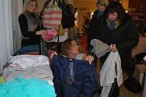 Nákupem na bazaru pomohli šestiletému Matýskovi ze Žďáru,  jehož postihla dětská mozková obrna.