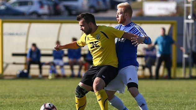 Utkání fotbalové Divize D mezi FC PBS Velká Bíteš a FC Strání.