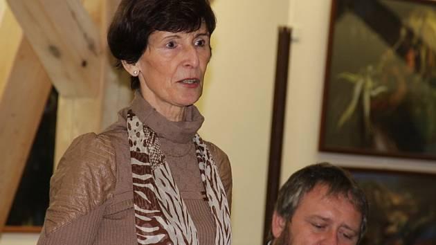 V porotě literární soutěže zasedne i spisovatelka Věra Rudolfová