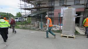 Celníkům se i letos daří odhalovat nelegální dělníky na Vysočině.