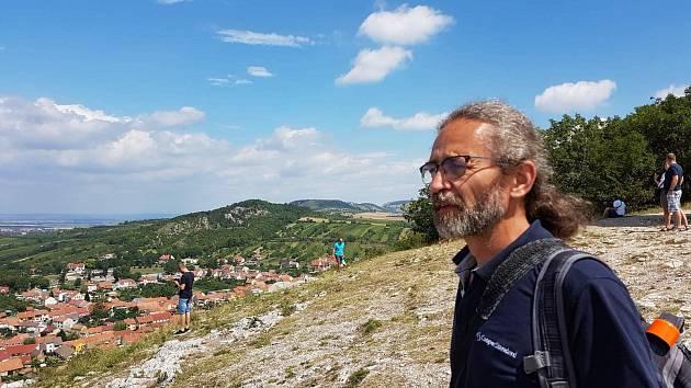 OBRAZEM: Miloslav Sláma fotil Sněžku z Křemešníku i z Pasecké skály