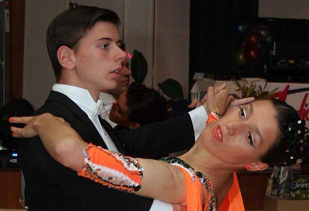 Soutěžními tanci v latinsko-americké části byly jive, rumba, samba, cha-cha a passo doble.