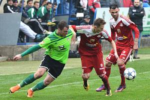 O remízu přišlo Nové Město (v zeleném) v Uničově až v závěru zápasu. Velké Meziříčí (v červeném) nehrálo.