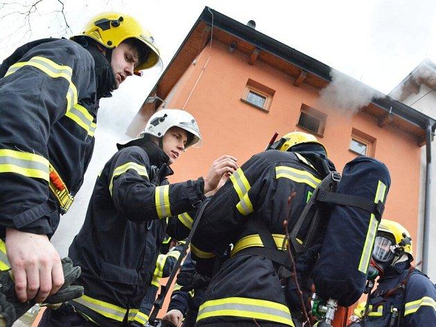 Hořelo v provozovně Bowling Sauna v Jungmannově ulici ve Žďáře nad Sázavou.