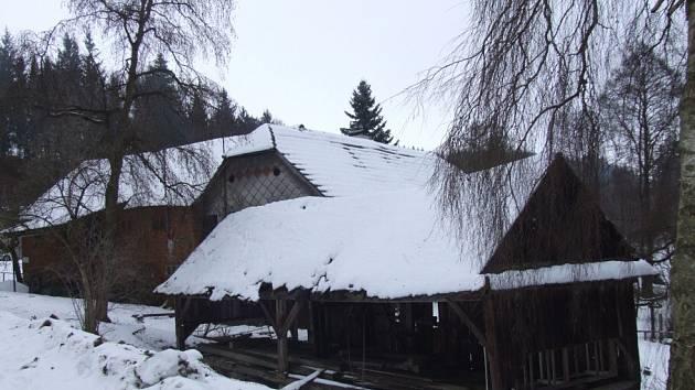 Na seznamu nejohroženějších památek okresu figuruje také vodní mlýn s pilou v Trhonicích u Jimramova.