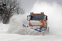 Zima na silnicích Žďárska.