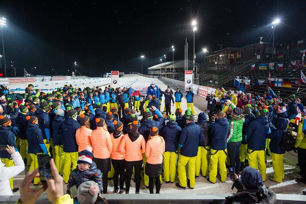 Rozlučka Michala Šlesingra s biatlonovou kariérou po závodu ve sprintu na Světovém poháru v biatlonu v Novém Městě na Moravě.