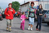 """Když Měřínská padesátka v roce 1972  začínala, vypisovala se pouze pro pěší turisty. Od roku 1999 se však přidali i cyklisté, a od té doby postupně převzali iniciativu. Dnes jsou """"pěšáci"""" v menšině."""