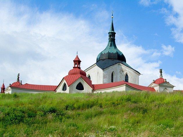 O kostel svatého Jana Nepomuckého na Zelené hoře se od konce loňského srpna stará žďárská římskokatolická farnost. Areál od slavného barokního stavitele Jana Blažeje Santiniho měl do té doby ve správě Národní památkový ústav.
