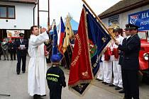 Desítky dobrovolných hasičů, hostů a návštěvníků zamířilo v neděli 2. května do Hamrů nad Sázavou.