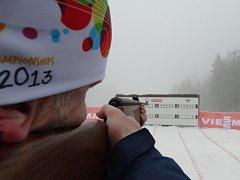 Kromě soutěží IBU Cupu bavil o víkendu fanoušky v novoměstské Vysočina Areně také Cross crazy biathlon Mexico. Na místě jej rozbila parta nadšenců z nedaleké Řečice a dalších blízkých obcí.