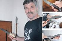 Jan Musil z Fryšavy pod Žákovou horou má nožířství pouze jako koníček. Kromě dýk a nožů už vyráběl například také myslivecký oštěp.
