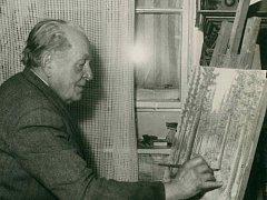 Karel Němec ve svém ateliéru.