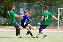 Šlágr první ligy mezi Kozel Teamem (v zeleném) a FC Benjamin nabídl drama až do konce. Výhru 2:1 zařidíli svými góly Jan Gančev a Martin Landsman.