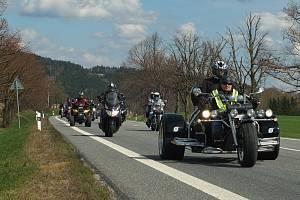 Otevírání silnic na Žďársku.