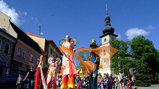 Sbírka motýlů, tradiční divadelně hudební festival.