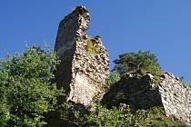 Zřícenina Zubštejn. Jedná se o jedno z nejhezčích a nejromantičtějších míst Vysočiny.