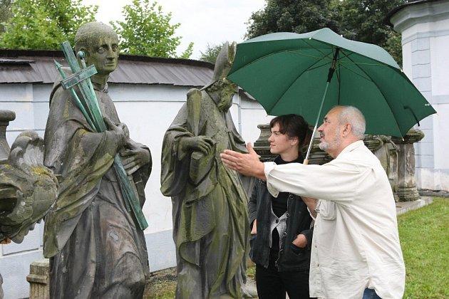 Originály soch na Dolním hřbitově ve Žďáře.