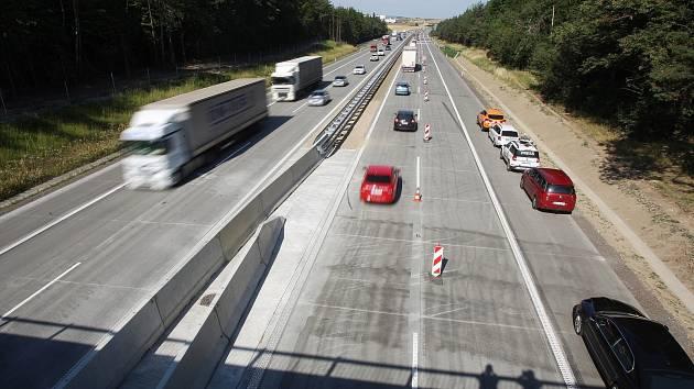 Zprovoznění dokončeného úseku modernizace dálnice D1 č. 22 Velká Bíteš – Devět křížů.