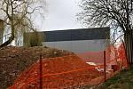 Pokud všechno půjde hladce, bude stavba sportovní haly dokončena koncem června.