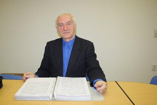 V roce 1987 hrál Petr Bergner 34 hodin na klavír. Rekord je zapsán v Guinnessově knize od roku 2002.
