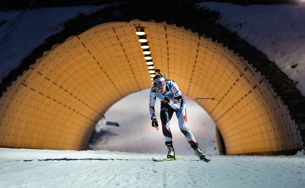 Jessica Jislová v závodu Světového poháru v biatlonu v závodu sprintu žen na 7,5 km.