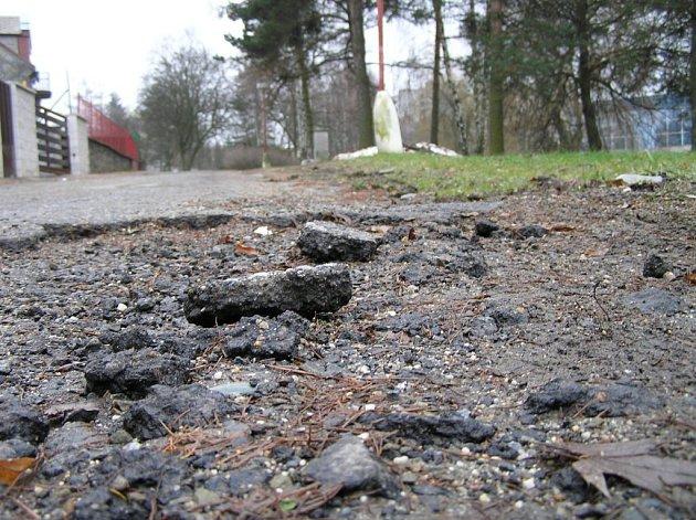 Cena opravy by se podle předběžných odhadů měla vyšplhat k patnácti milionům korun.