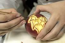 Nepřeberné množství barev, chutí a vůní provázelo už 34. Gastroden pořádaný hotelovou školou ve Velkém Meziříčí.