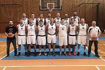 Tým tvořený pouze odchovanci žďárského basketbalu proklouzl přes play-off do baráže o první ligu. Během května se střetne s Vyšehradem a UP Olomouc. Postup si zajistí dva nejlepší celky.