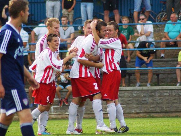 Jaromír Chocholáč prožil divoký zápas. Nejprve vsítil Vrchovině dva góly a poté byl vyloučen. Stejně jako v jarním zápase.